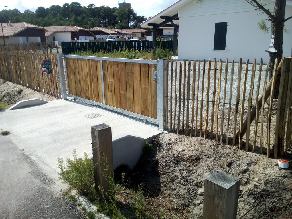 Cour Gravier en ce qui concerne portail bois mimizan, clôture bois mimizan