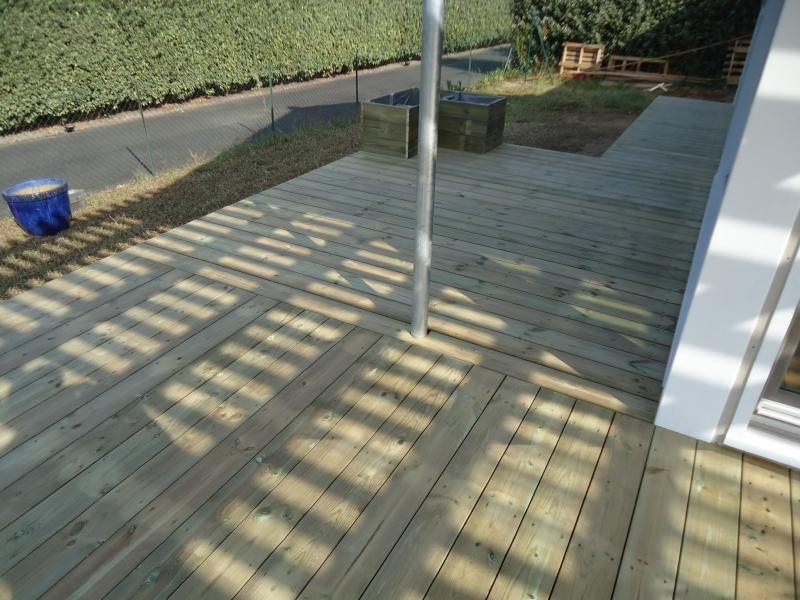 Terrasse bois sur pilotis en Pin Rouge du Nord à Bordeaux