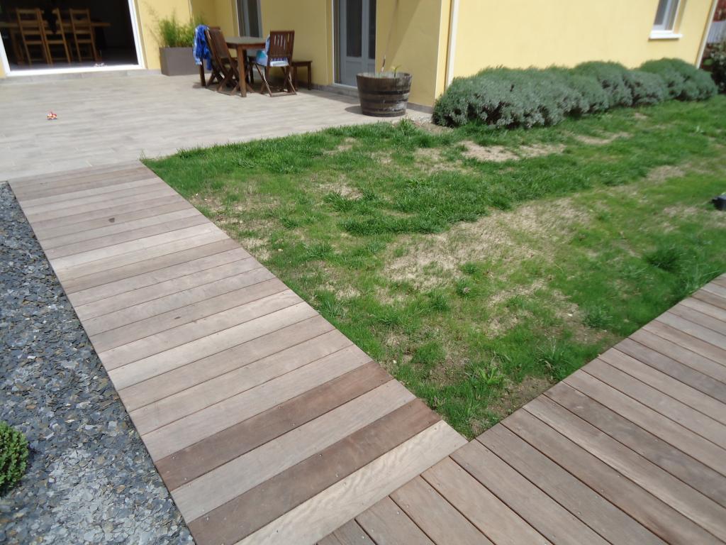 Terrasse bois exotique itauba for Dalle de terrasse en bois 1mx1m