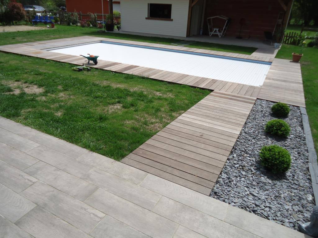 Poseur terrasse bois landes diverses id es for Idee tour de piscine