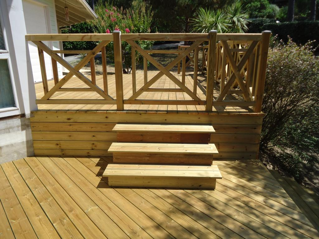 Terrasse bois balustrade diverses id es de for Photos terrasse en bois