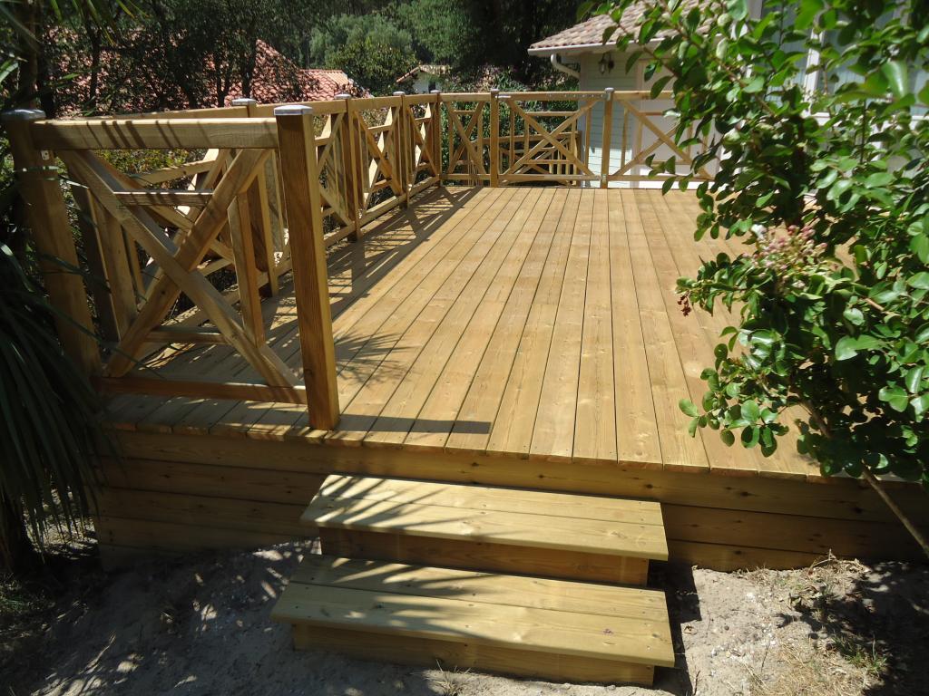 pose terrasse bois sur pilotis dans les Landes, terrasse bois